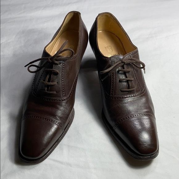 Gravati brown leather heels sz 7.5 US